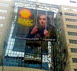 Greenpeace roept op: tank niet meer bij Shell