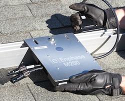 Zonnepanelen voor 2700 sociale huurwoningen