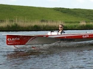 clafis solar boat