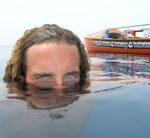 Alex Bellini gaat op een smeltende ijsberg wonen