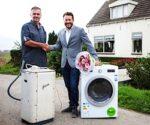 Oudste wasmachine van Nederland vervangen