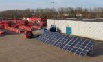 Groene festivalstroom met aggregaat op zonne-energie