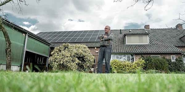 Zonnepanelen kiezen: jongeren kiezen voor duurzaamheid, ouderen voor onafhankelijkheid