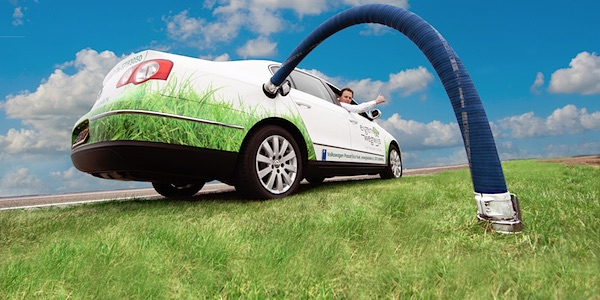 auto op groen gas
