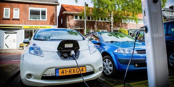 Nederland telt bijna 200 duizend stekkerauto's