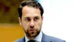 Staatssecretaris Van Dam danste naar pijpen bedrijfsleven bij goedkeuring glyfosaat