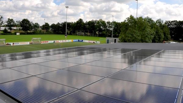 Sportbonden helpen sportclubs duurzamer te worden