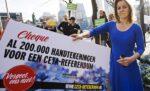Nieuwe kamerleden krijgen 200.000 handtekeningen voor CETA referendum