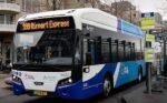 Lelystad jaagt vliegverkeer aan met elektrische bussen