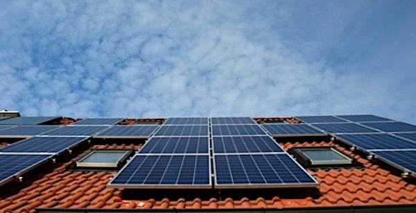 De energietransitie: wat doet de overheid en wat kun je zelf?