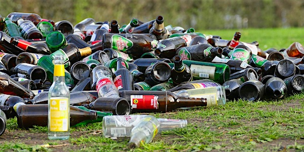 afval flessen